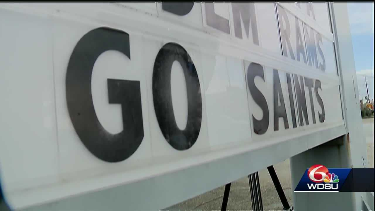 Gas station's clever Saints signs continue 10-year tradition