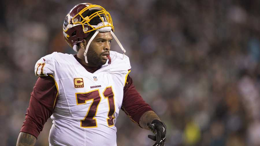 Trent Williams walks off the field during a game against the Philadelphia Eagles on Dec. 26, 2015 at Lincoln Financial Field in Philadelphia.