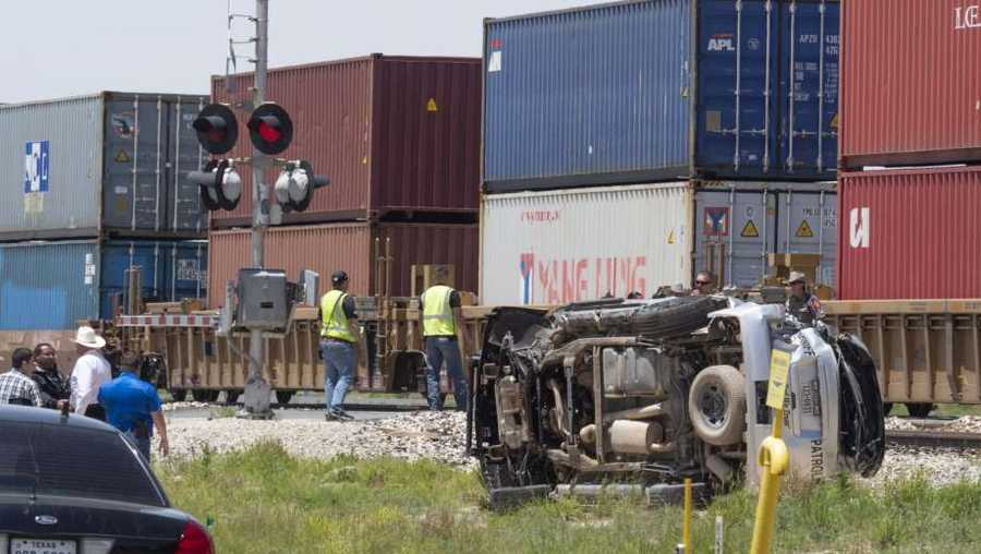 Deputy's vehicle collided with train in Texas
