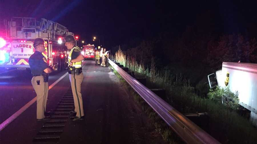 Tractor-trailer goes over guardrail in Nashua