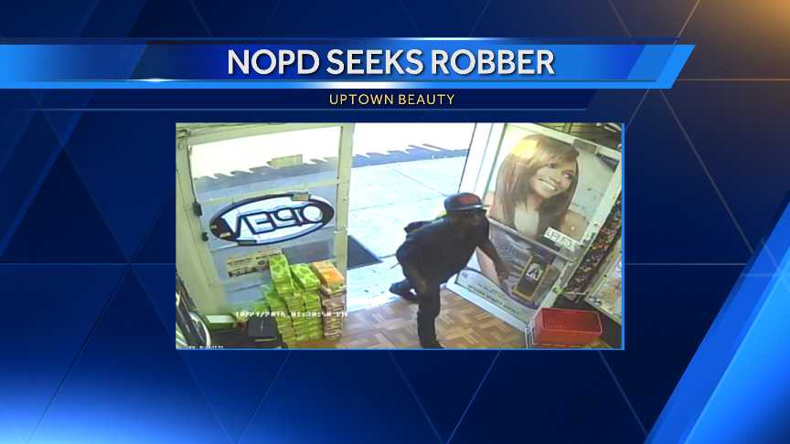 Robber hits beauty supply store in Leonidas