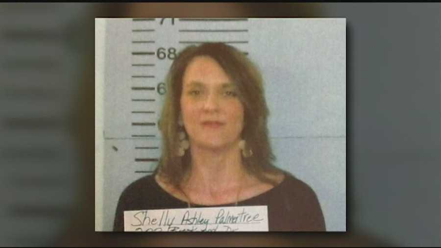 A guilty-plea in court for a disgraced former Warren County circuit-clerk.